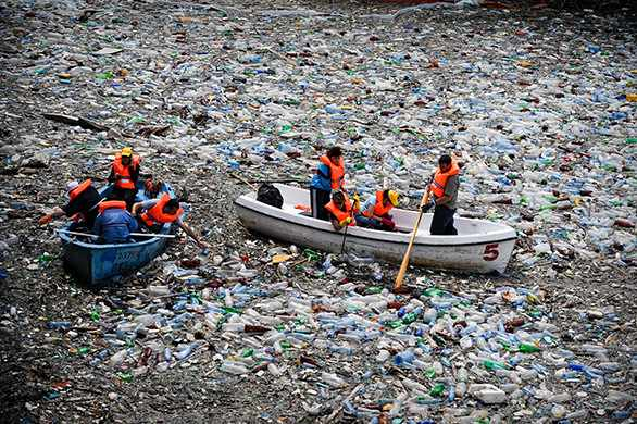 "OECD Observer: ""Oceanfills"": Yet another dumping ground (Photo: Dimitar Dilkoff/AFP)"